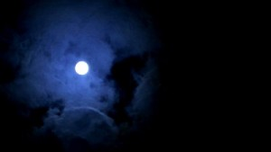 A-full-moon-at-cloudy-sky