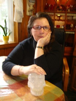 EP203 Allayah Frisch Crystal Skulls & Ancient Artifacts on Exploring Possibilities