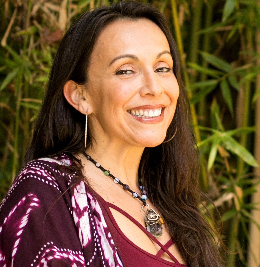 EP237 Erika Buenaflor Curanderismo Soul Retrieval on Exploring Possibilities