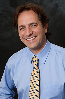 EP28 Dr. Julio Arroyo Vision: A Holistic Approach on Exploring Possibilities